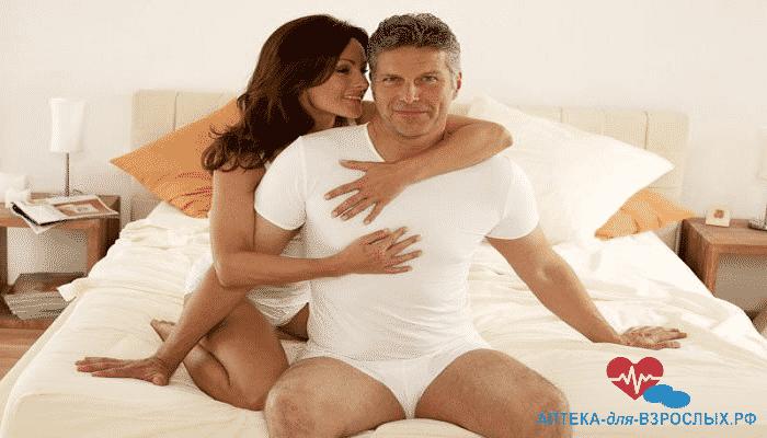 Женщина и мужчина довольны действием Виагры Геля