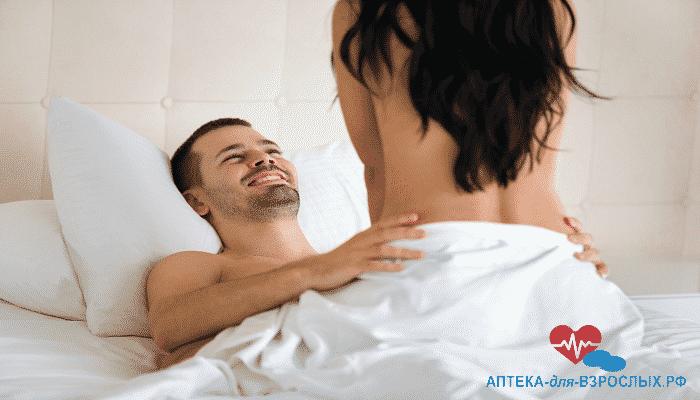 Пара занимается сексом под действием препарата Сиалис Софт